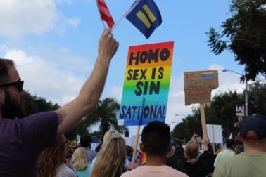 la-gay-pride-resist-march-2017-protest-signs-3